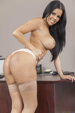 Pictures of ziya tong in the nude